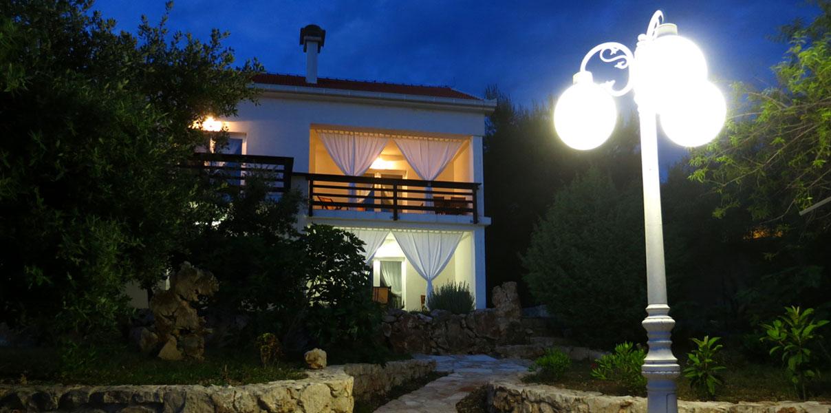 Apartments Luna House